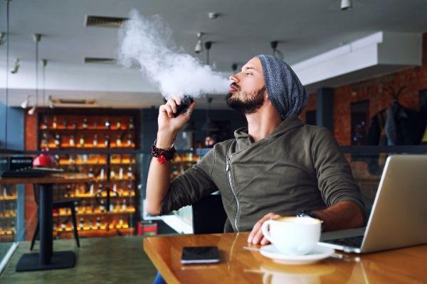電子タバコ「VAPE」で禁煙に挑戦する3つのメリット
